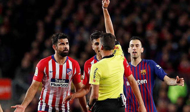 Costa'ya 8 maç ceza