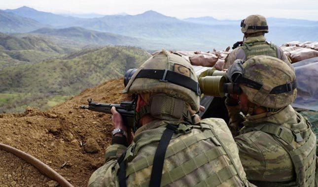 Çukurca'da hain saldırı: 2 asker yaralı
