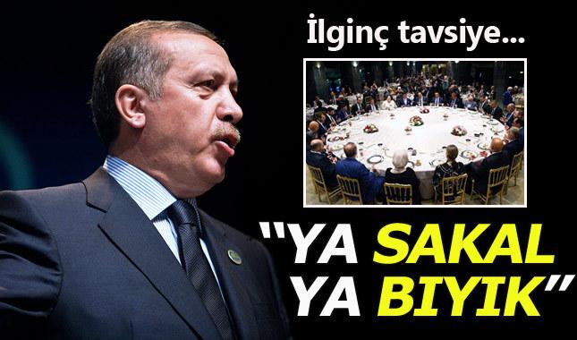 Cumhurbaşkanı Erdoğan'dan gazetecilere 'bıyık' çağrısı