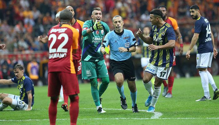 Cüneyt Çakır kariyerinde unutmadığı maçı açıkladı