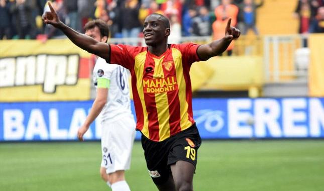 Demba Ba, Beşiktaş'a transfer oldu
