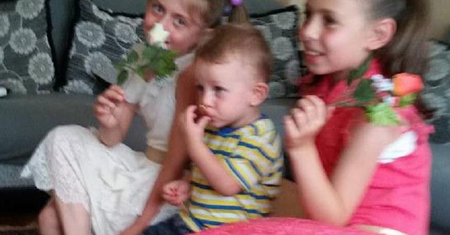 Devrilen dolabın altında kalan çocuk hayatını kaybetti