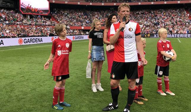 Dirk Kuyt profesyonel kariyerini bitirdi
