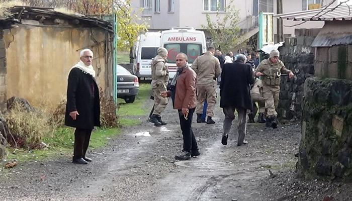 Diyarbakır'da aileler arasında silahlı kavga!