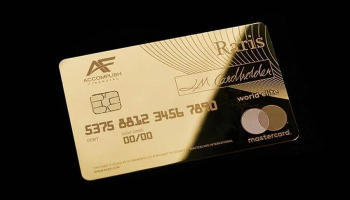 Dünyada ilk kez saf altından banka kartı üretildi