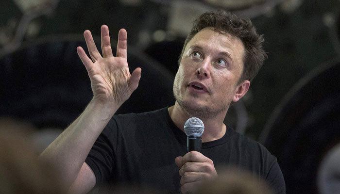 Elon Musk: 5 yıl içinde dil öğrenmeye gerek kalmayabilir