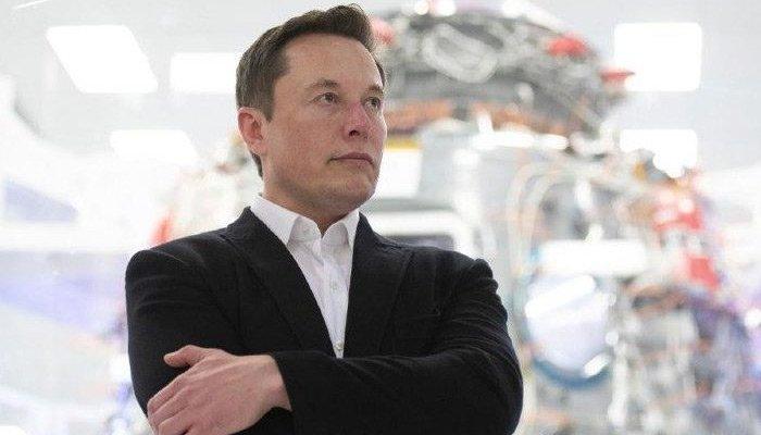 Elon Musk dans şarkısı yayınladı!
