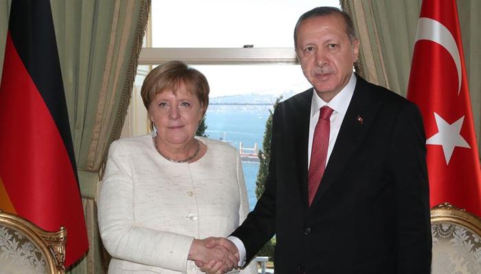 Erdoğan ile Merkel'den kritik görüşme
