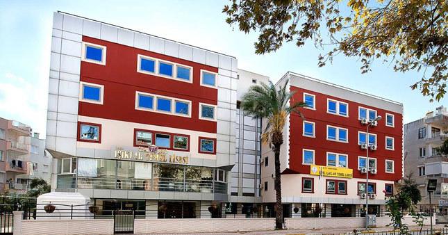 FETÖ'cü sanıllarak kapatılan okul tekrar açıldı