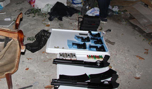 Fatih'te uyuşturucu operasyonu: 4 gözaltı