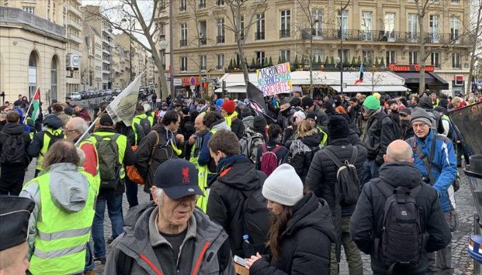 Fransa karışık! 57 haftalık protesto bitmiyor