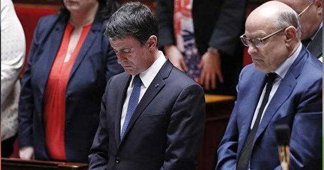 Fransa meclisinde saygı duruşu