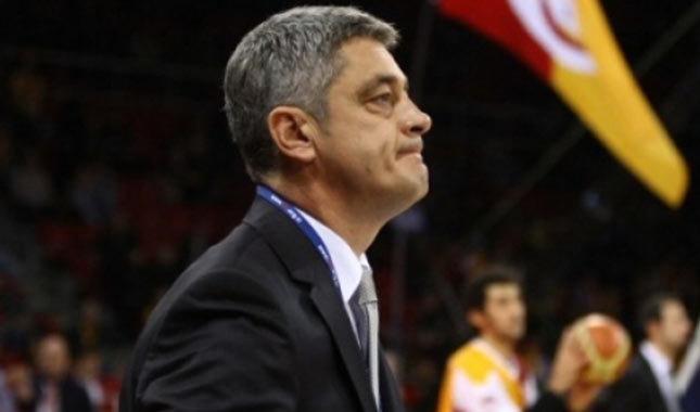 Galatasaray, Oktay Mahmuti'ye emanet