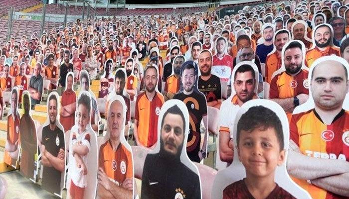 Galatasaray tribünlerinde büyük hazırlık!