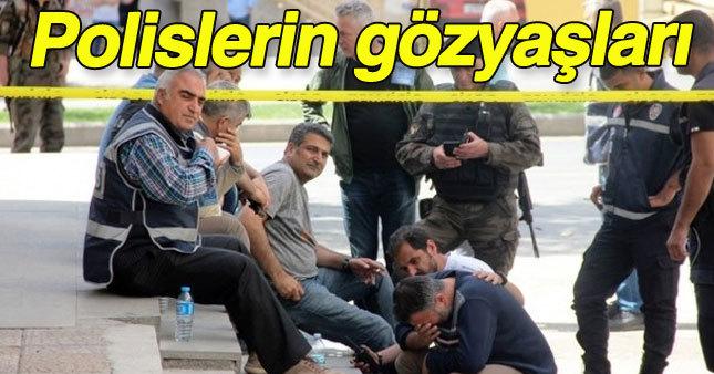 Gaziantep'te polisler saldırı sonrası gözyaşlarına boğuldu