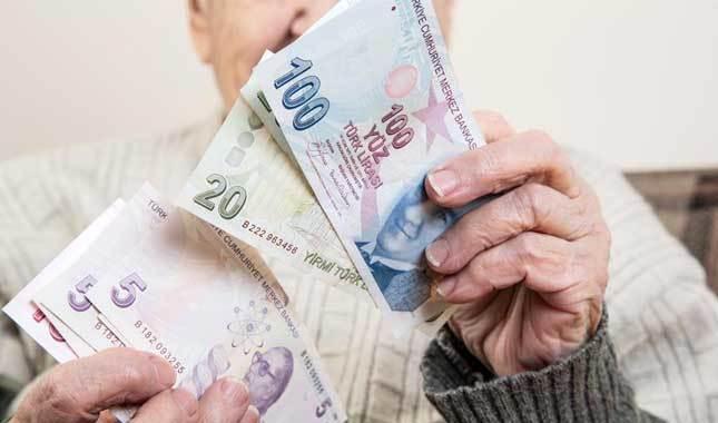 Geliri olmayan yaşlılara maaş bağlanıyor