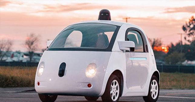 Google sürücüsüz araba için Fiat'la anlaştı