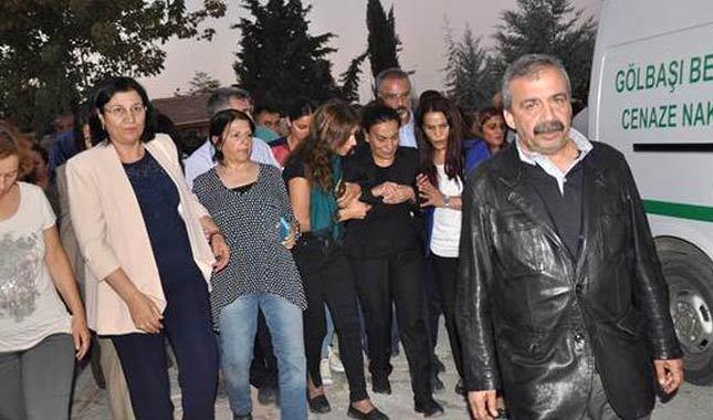HDP'li Tuğluk'un annesinin cenazesine saldırı