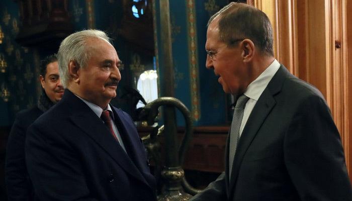 Hafter ateşkes metnine imza atmadan Rusya'dan ayrıldı