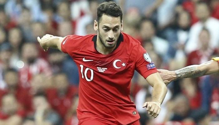 Hakan Çalhanoğlu'ndan eleştirilere yanıt