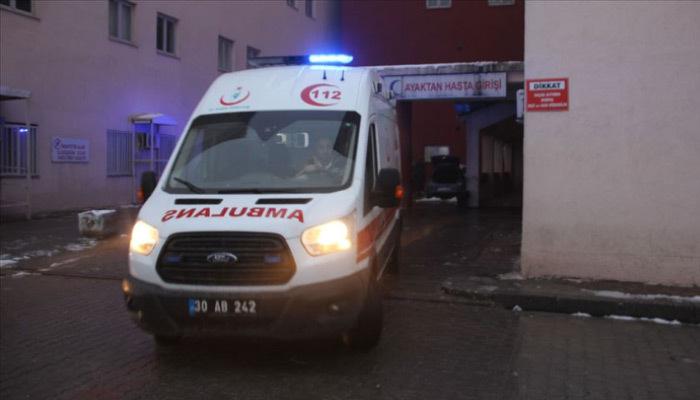 Hakkari'de üç asker kaya düşmesi sonucu yaralandı