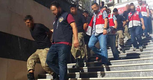 Harp Akademileri'ndeki darbeci generaller tutuklandı