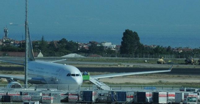 İnatçı yolcu uçakta kriz çıkardı