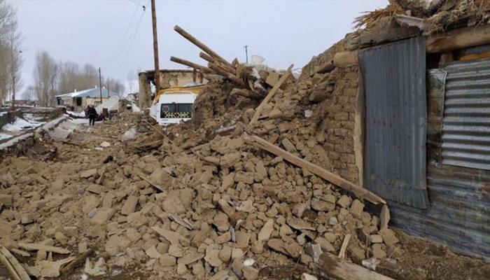 İran'daki deprem Türkiye'yi de vurdu! Can kaybı...