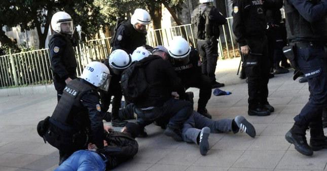 İstanbul Üniversitesi'nde çok sayıda gözaltı