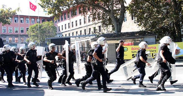 İstanbul Üniversitesi'nde gerginlik: 23 gözaltı
