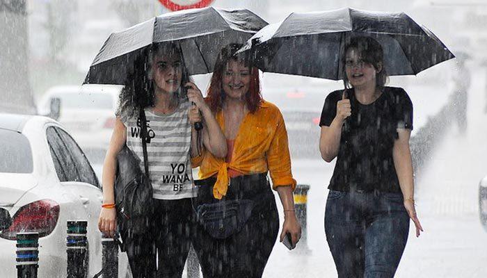İstanbul için sağanak yağmur uyarısı
