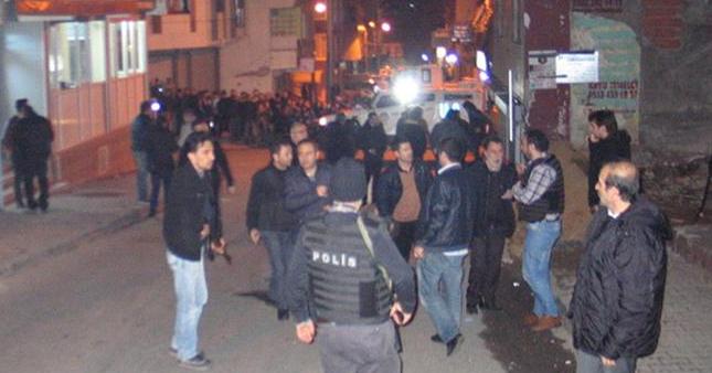 İstanbul'da kahvehaneye saldırı! Yaralılar var