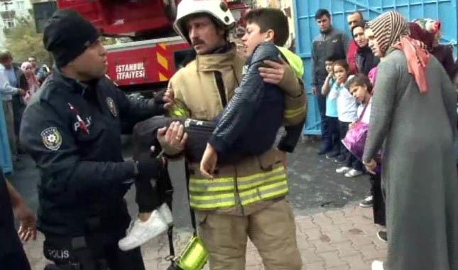 İstanbul'da ortaokulda korkutan yangın!