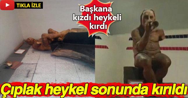 İzmir Büyükşehir Belediye Başkanı'na sinirlenen bir vatandaş çıplak heykeli balyozla kırdı