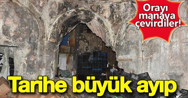 İzmir'de tarihi hamam manav oldu