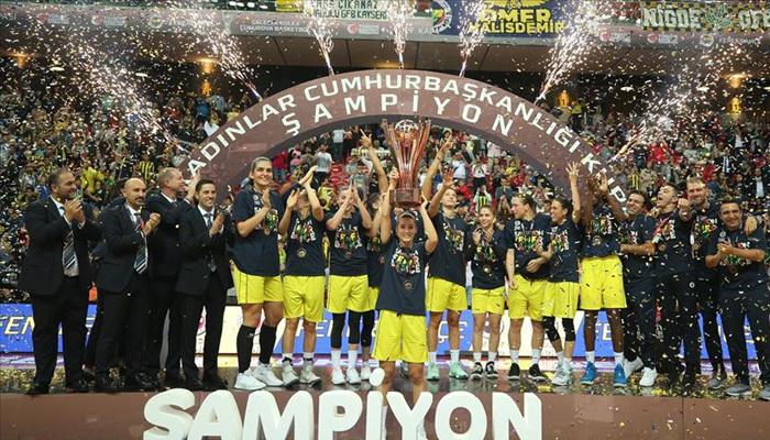 Kadınlar Cumhurbaşkanlığı Kupası Fenerbahçe'nin