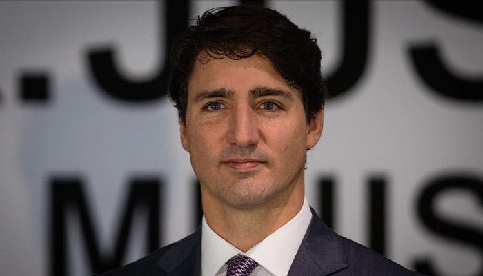 Kanada'da seçime dini yasa damga vurdu!