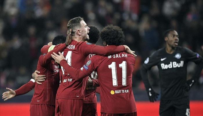 Liverpool ve Napoli'nin yüzü güldü