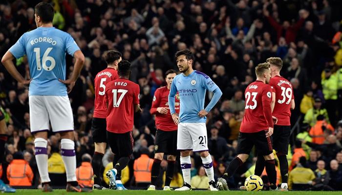 Manchester derbisinde gülen taraf Kırmızı Şeytanlar