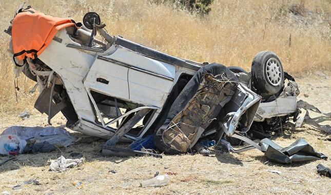 Mardin'de trafik kazası: ölü ve yaralılar bulunuyor