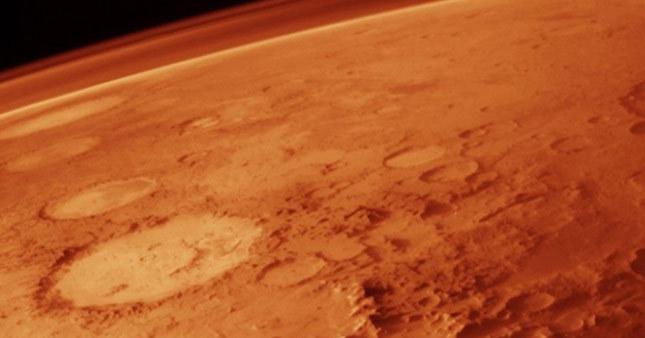 Mars'ta tsunami sonucu dev krater oluştu