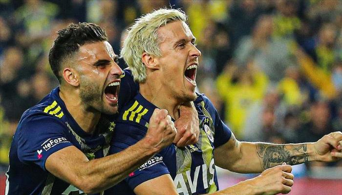 Max Kruse Fenerbahçe'nin yüzünü güldürüyor