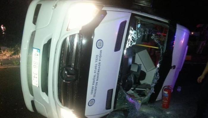 Muğla'da feci kaza! 14 yaralı!