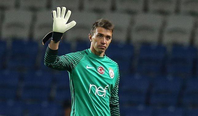 Muslera gidiyor, Harun Tekin geliyor - Galatasaray Transfer Haberleri