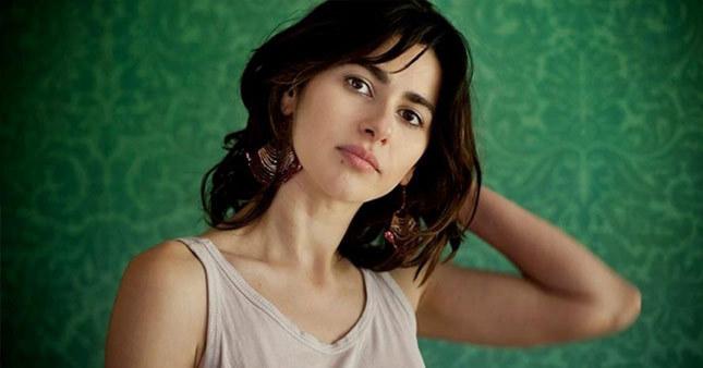 Nesrin Cavadzade: Çıplak fotoğraflarla sergi açacağım