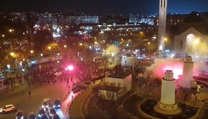 PSG ve Galatasaray taraftarları arasında olay çıktı