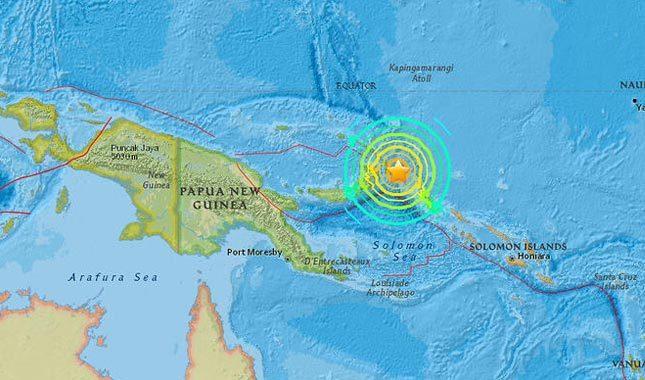 Papua Yeni Gine'de şiddetli deprem!