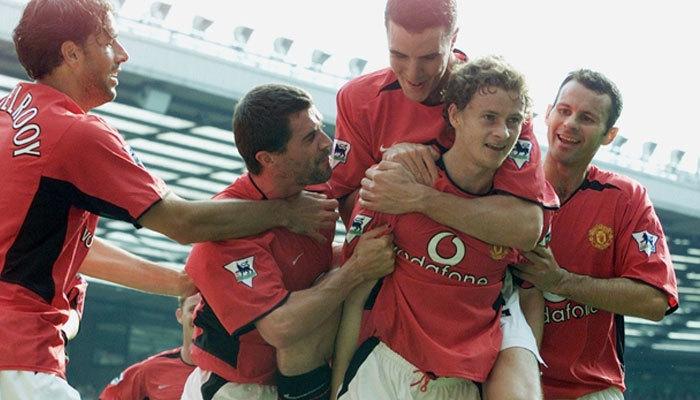 Premier Lig'de zirve Manchester United'ın