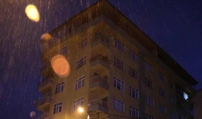 Rize'de 8 katlı bina boşaltıldı