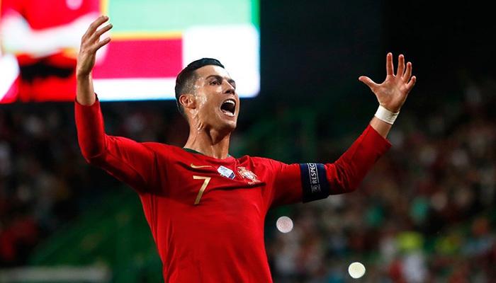 Ronaldo 700 gol sınırında